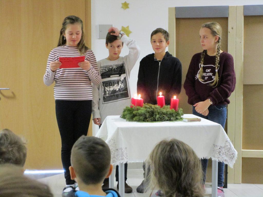 Weihnachtsfeier Geschichte.Unsere Weihnachtsfeier 2018 Gs Burgeis