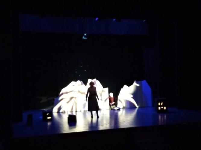 "Theaterstück ""Bergkristall"""