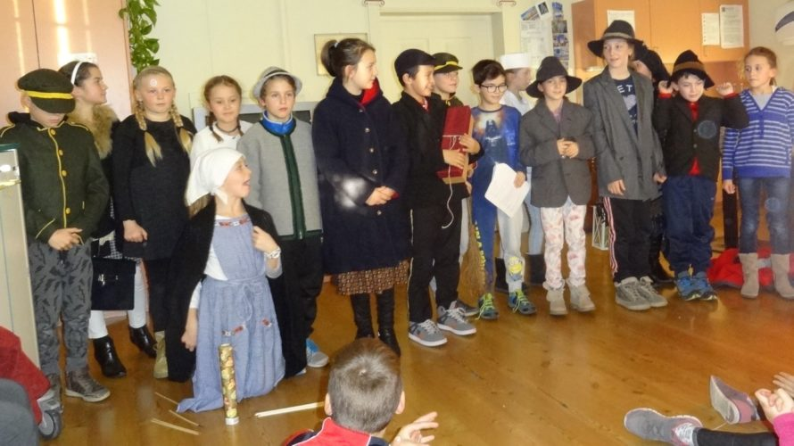 Theateraufführung im Altersheim