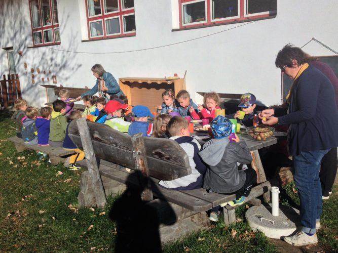 Herbstjause im Kindergarten
